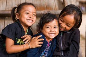 laos popolo sorridente zingaro di macondo