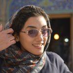 iran donna con occhiali