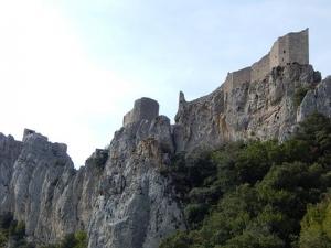 la fortezza di peyperteuse viaggio tra i castelli catari nel sud della francia zingaro di macondo